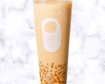 MACHI Black Milk Tea with Mini Taro Balls (L)