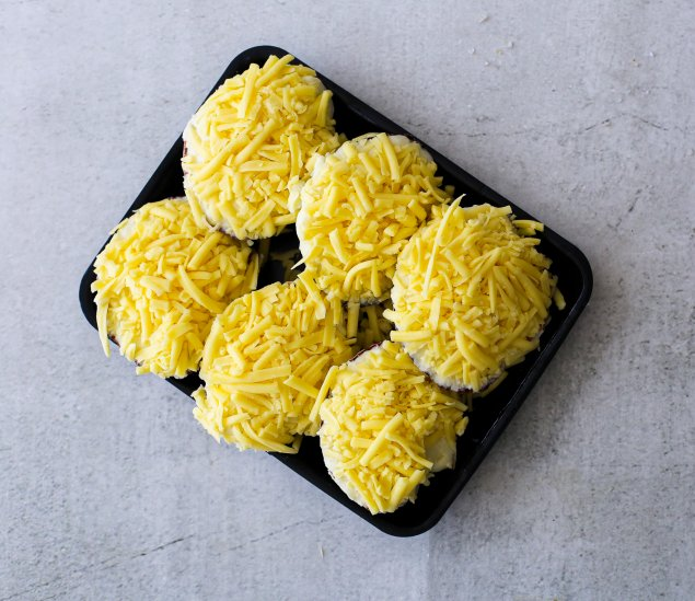Scallop Mornay Each (Uncooked)