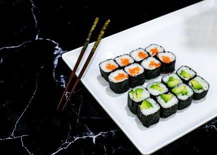 Mini Sushi Rolls 8pc (Hosomaki)